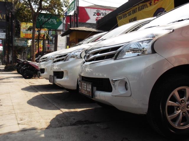 AB Rent Car Rental Mobil Bandung Murah